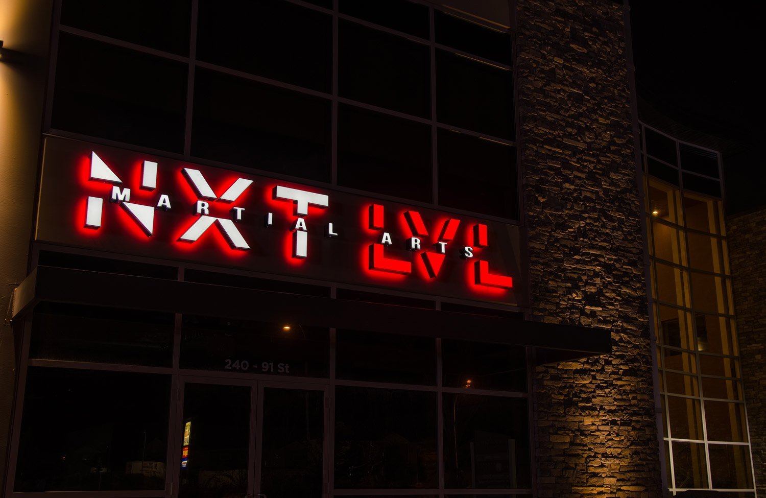 city-img-signs-NXT-LVL-pr1